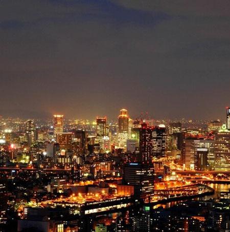 きれいな大阪の夜景