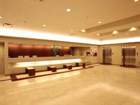 大阪東急REIホテルのフロント